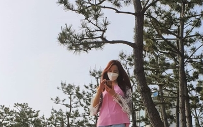 "[N샷] 조민아, 핫팬츠 입고 극세사 다리 인증…""하루종일 작업"""