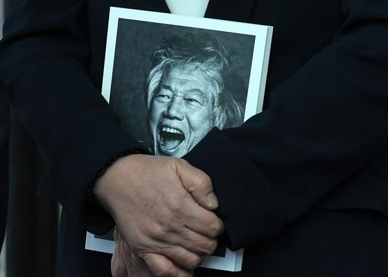 '민주화·통일운동 헌신' 백기완 선생 영면