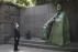 루스벨트 동상 바라보는 문재인 대통령