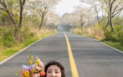 """'이특 누나' 박인영, 결혼 발표+웨딩화보 공개 """"예쁘게 살게요"""""""