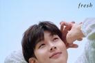 최우식, 만화 찢고 나온 훈남 비주얼...싱그러운 미소 [N화보]