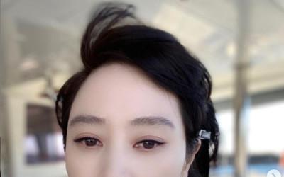 김혜수, 한지민도 감탄한 파격 드레스…글래머 몸매에 고혹 미모까지 [N샷]