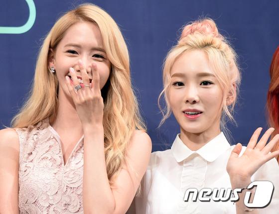 윤아-태연, '아름다운 미소 매력 대결~'