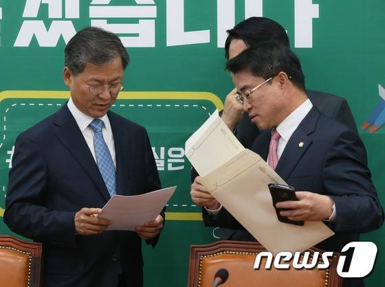 천정배-최경환 '최순실 게이트 논의'