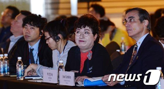 2016 KFF 참석한 박영숙 유엔미래포럼 대표