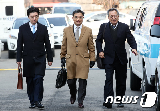 朴 대통령 탄핵심판 첫 공개변론 참석한 피청구인측 대리인단