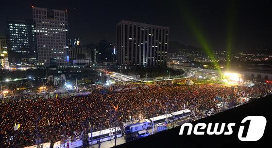 촛불집회 누적 인원 1,500만 돌파