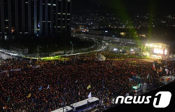 촛불집회, 누적 1,500만 돌파