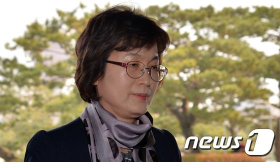 이정미 헌법재판소장 권한대행 휴일 출근