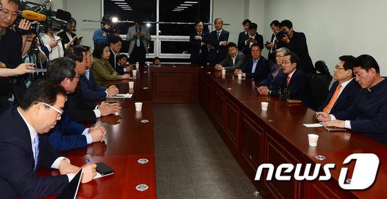 홍준표 후보, 바른정당 의원들과 함께