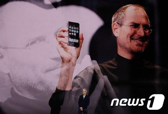 국내에서 인기있는 아이폰 12 미니, 해외 생산 중단 위기에 … 왜?