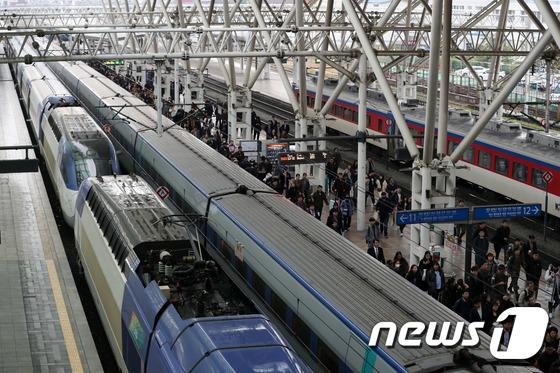 철도노조 태업으로 일부 열차 지연