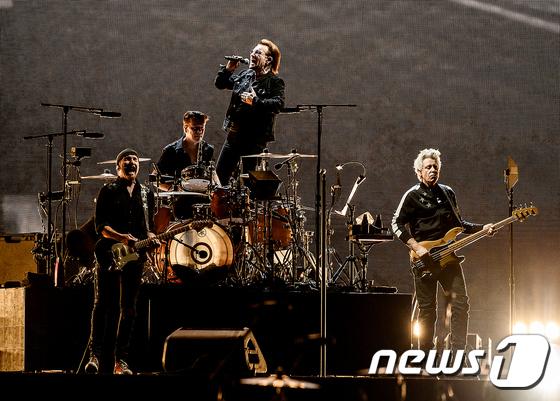 전설적인 록밴드 U2, 43년만에 첫 내한공연