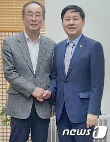 구윤철 기회재정부 2차관 만난 장세용 구미시장