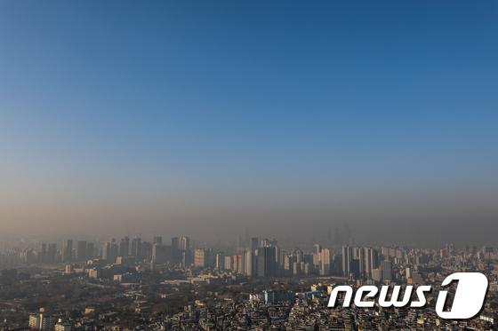 서울, 미세먼지 그리고 파란 하늘