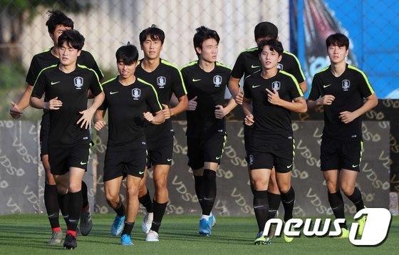 결승전 앞두고 구슬땀 흘리는 U-23 대표팀