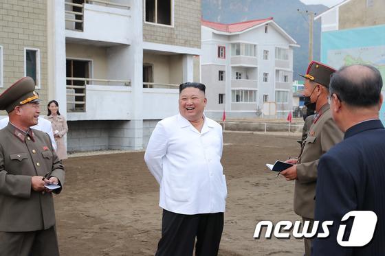 북한 김정은, 강원도 김화군 수해 복구 현지시찰