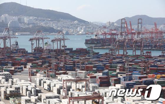 9월 산업생산 2.3%증가...코로나19 재확산 한달만에 반등