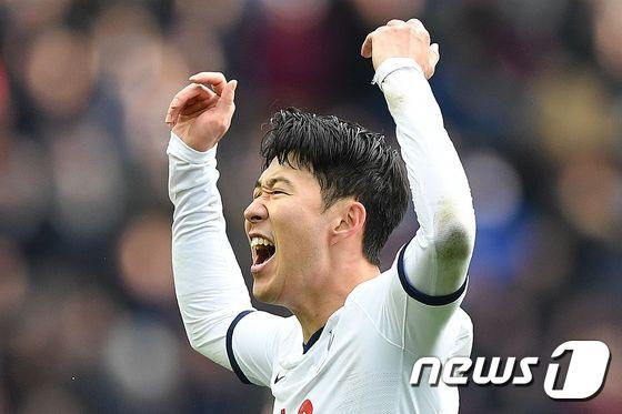 손흥민 '5경기 연속골·멀티골 폭발'