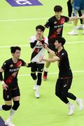 기쁨 나누는 한국전력 선수들