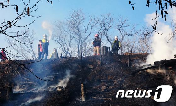 인천 연경산 화재 강풍 타고 확산중