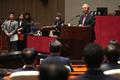 제2차 의원총회 참석해 발언하는 김종인 비대위원장