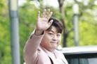 """'전 여친 폭행설' 김호중 """"전혀 아냐, 믿어달라""""→양측 고소 예고(종합)"""
