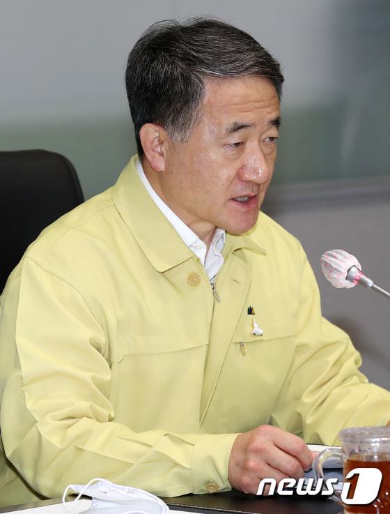 모두발언하는 박능후 복지부 장관