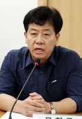 인사말하는 문현군 비정규직위원회 준비위원장