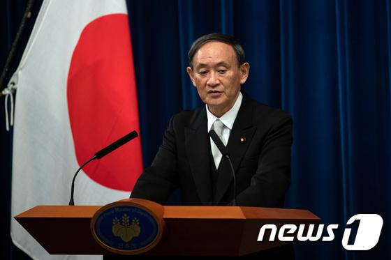 스가 일본 총리 취임 첫 기자회견