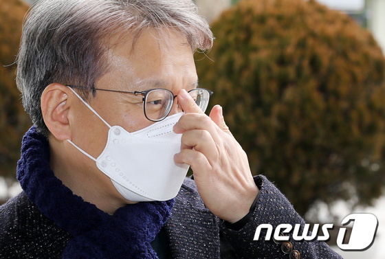 권칠승 중기부 장관 후보 \'고심 또 고심\'