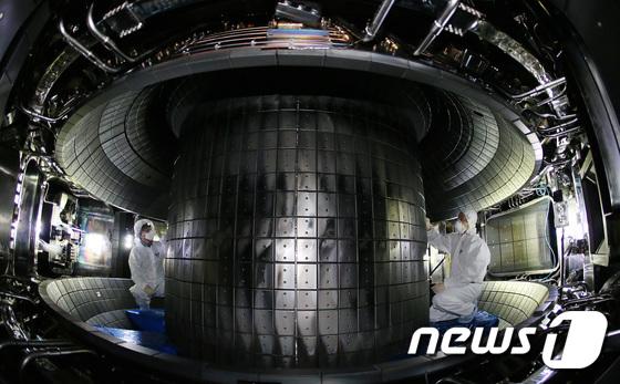 1억도 30초 유지, 세계 신기록 도전하는 핵융합연