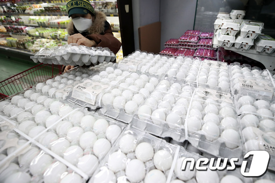 \'수입산 계란 먹어볼까\'