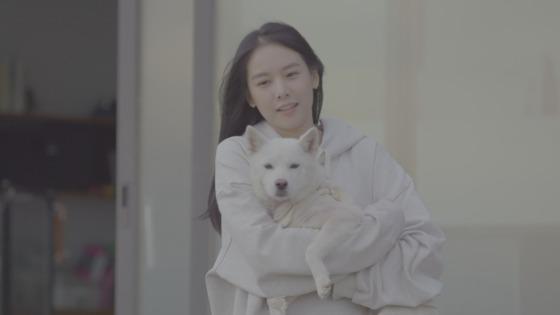 [N컷] 조윤희, 딸 로아의 사진 공개 … 딸 바보