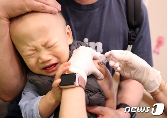 생후 6개월-13세 어린이 독감백신 접종 오늘부터 시작