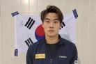 황선우, 국제대회 첫 메달 쾌거…경영 월드컵 개인혼영 100m 동메달