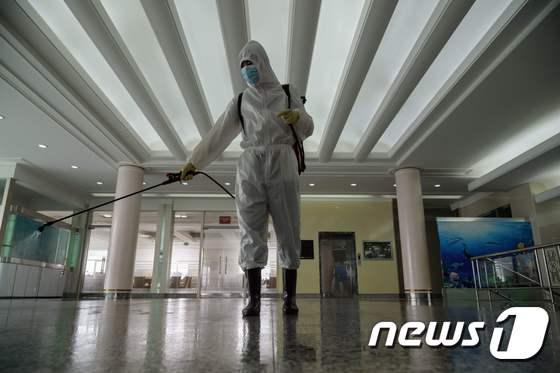 """""""북한 보건부 코로나 19 예방 접종 계획 진행 중"""