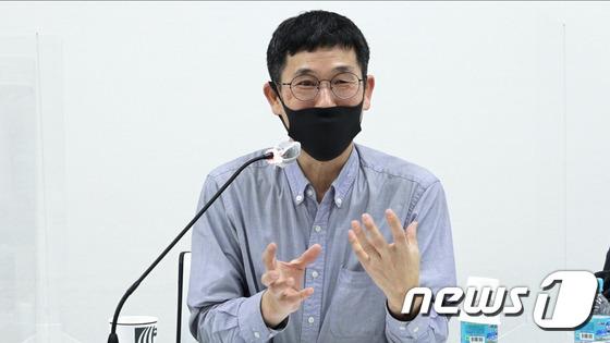 동료 교수 명예 훼손 혐의로 경찰 수사를 받고있는 동양대 진중권 교수