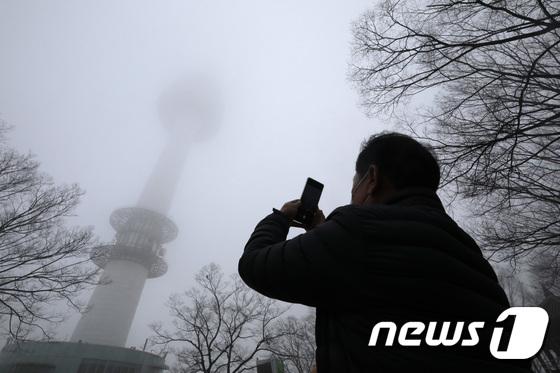 [오늘 날씨] 전국 주간 기온 10도 정도 '쾌적'… 오후부터 비 소식
