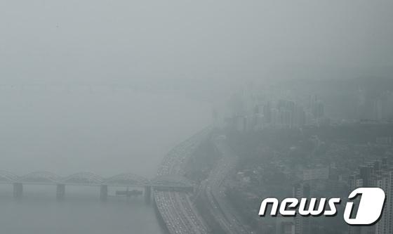 [내일 날씨] 첫 주 회색 하늘 … 아침에는 짙은 안개, 저녁에는 비