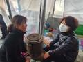 화마 덮친 이용녀씨 동물보호소 청소하는 한정애 장관