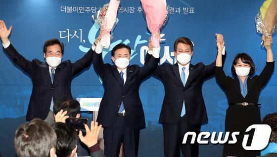 민주당 부산시장 후보에 김영춘 선출