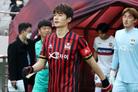 '역시 기성용'… 축구화 끈만 묶어도 상암벌은 요동쳤다