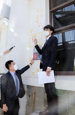 옛 전남도청 경찰국 후면서 5.56㎜ 소총의 탄흔 형상 발견