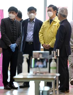 황희 장관, 국립중앙박물관 방역 현장 방문
