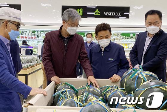 장철훈 대표이사 '농산물 유통혁신, 현장에서'