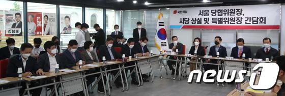 인사말하는 박성중 서울시당위원장