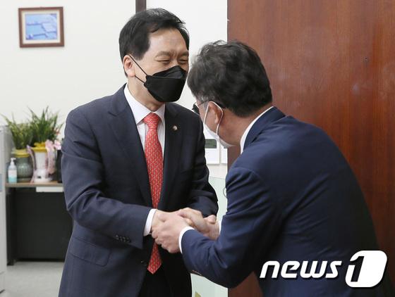 김기현, 배진교 신임 정의당 원내대표 접견
