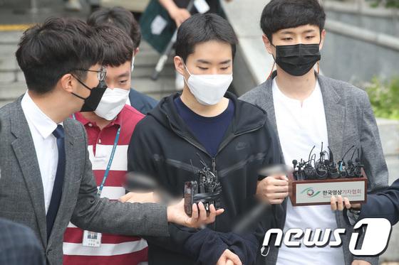'남성 1천300명 몸캠 유포' 김영준 '정말 죄송합니다'