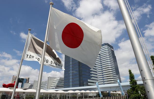 아베도 안간 '무관중' 올림픽…日·도쿄 '17조 적자 누가 갚나' 갈등